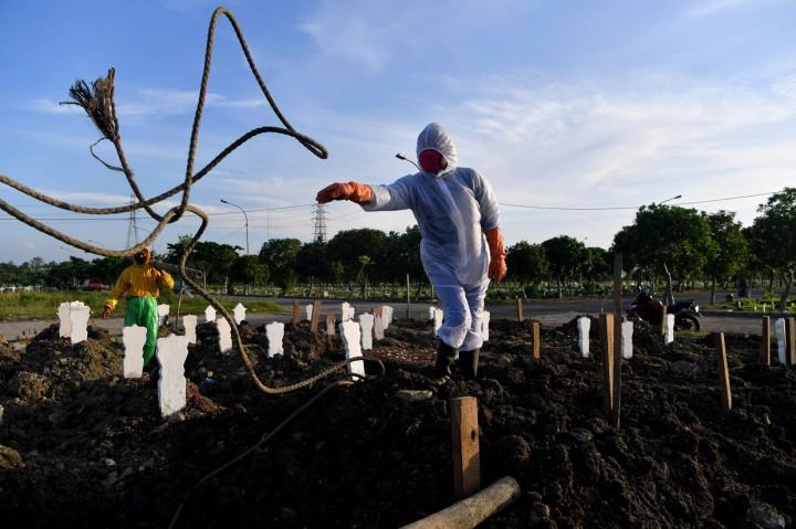 Melihat Lahan Pemakaman Khusus Covid-19 di Surabaya