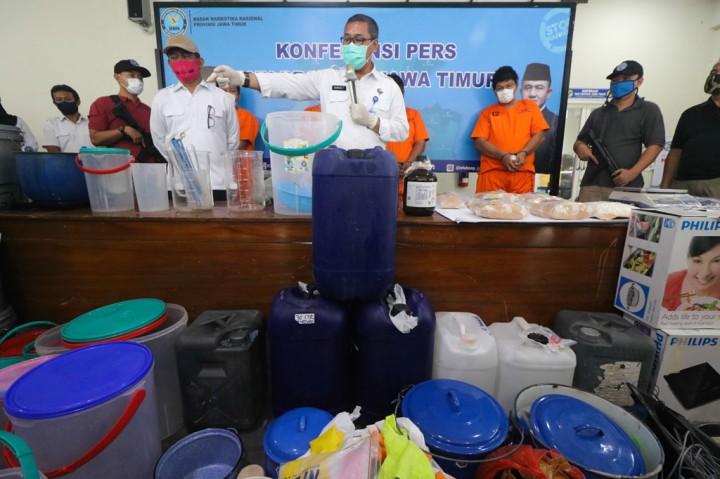 BNNP Jatim Ringkus Sindikat Narkoba Libatkan Pesepakbola