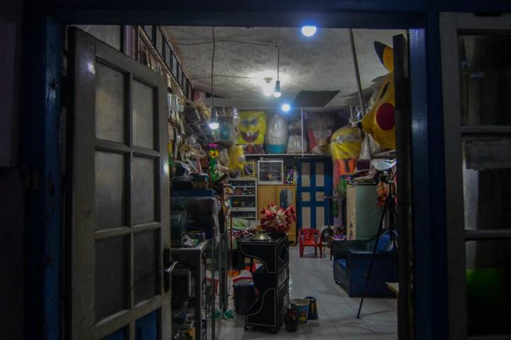 Abdi Negara Penghibur Anak-anak Selama Pandemi Korona