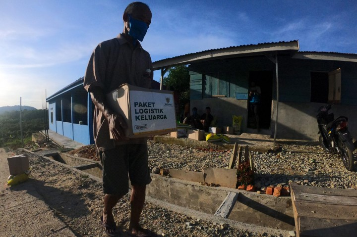 Puluhan KK Orang Rimba Terima Paket Bantuan dari Baznas