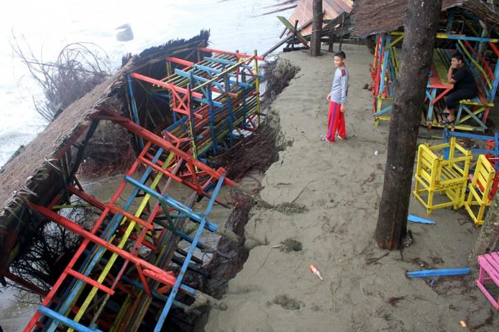 Abrasi Pantai Suak Ribee Kian Meluas