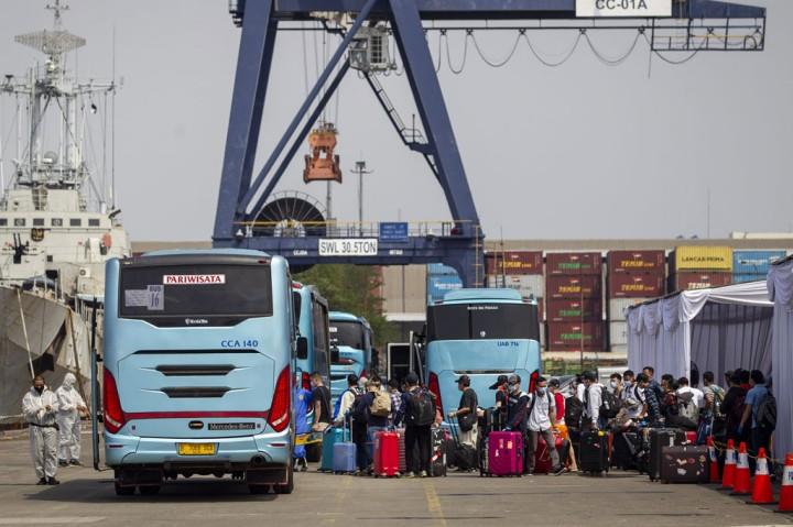 Ratusan WNI ABK Kapal Pesiar Tiba di Tanjung Priok