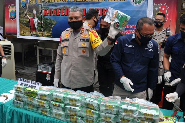 Polda Sumut Gagalkan Peredaran 35 Kg Sabu, 1 Tersangka Ditembak