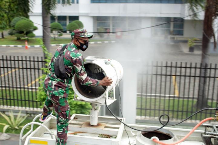 Pemkot Makassar Gelar Penyemprotan Massal Disinfektan