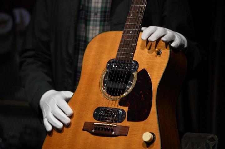 Dilelang, Gitar Kurt Cobain Laku Rp85 M