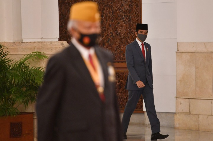 Jokowi Lantik Anggota DPP dan Wantimpus Legiun Veteran RI