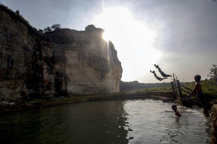 Menikmati Keindahan Goa Pocong Bogor