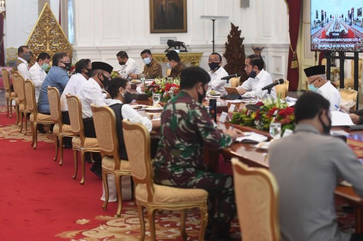 Jokowi Minta Terobosan Baru untuk Percepat Penanganan Pandemi