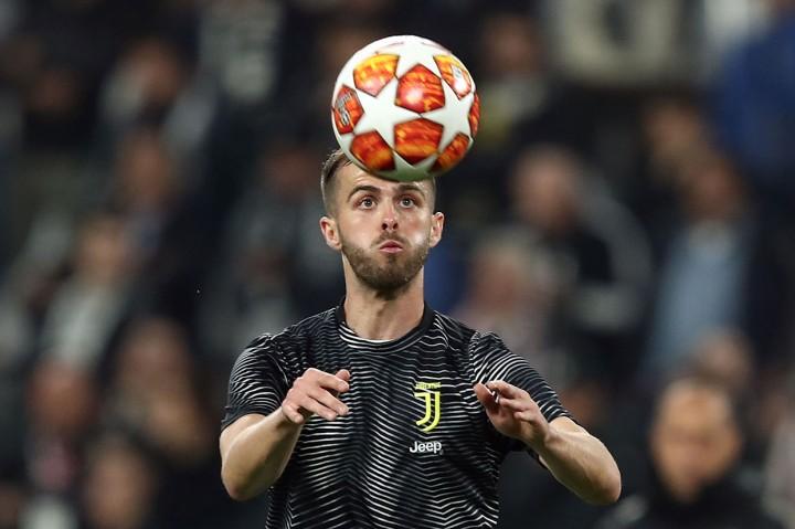 Barcelona-Juventus Resmi Tukar Arthur dengan Pjanic