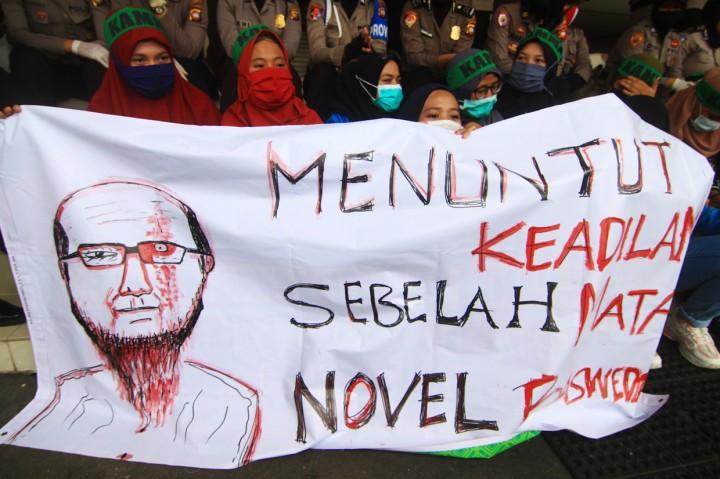 Aliansi Mahasiswa Kalbar Gelar Aksi di Gedung DPRD