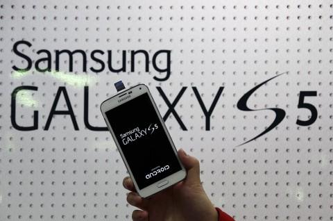 Samsung Galaxy S5 Mampu Mengukur Denyut Jantung