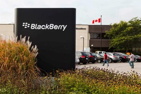 Hendak Bertahan, RIM Serius Produksi BlackBerry di Indonesia