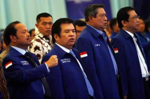 Terancam Gagal, Sutan Batoegana Datangi Panwaslu Medan