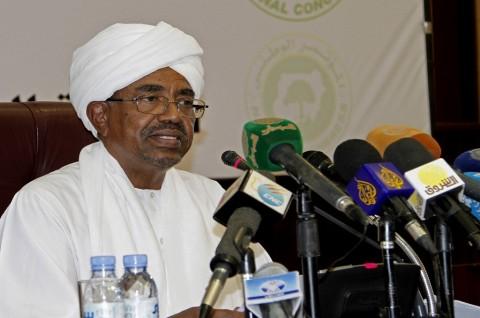Usai Operasi Lutut, Presiden Sudan Bekerja dari Rumah Sakit