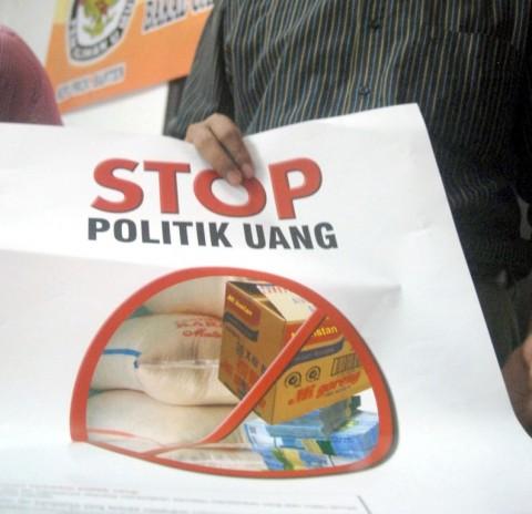 Cegah 'Serangan Fajar', Warga Yogyakarta Rela Begadang