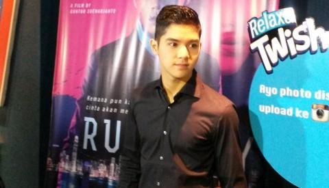 Syuting Film, Al Ghazali Bikin 'Rusuh' Hong Kong