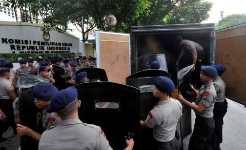 Wanita Penyusup di Gedung KPU Mengaku Keluarga TNI