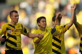 Kagawa Bikin Gol, Dortmund Libas Freiburg