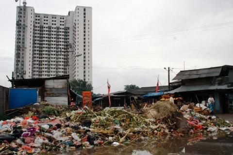 Limbah Berbahaya Cemari Seluruh Pasar Tradisional di Depok