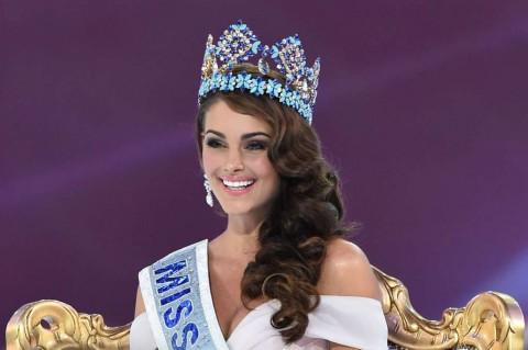 Rolene Strauss, Calon Dokter Raih Miss World