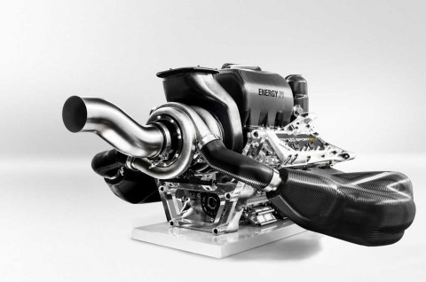 Mesin 1.000 Daya Kuda Lebih Menguntungkan di F1