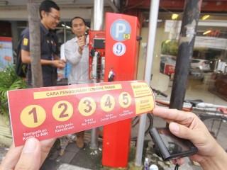 Ahok Luncurkan Pembayaran Parkir Elektronik Hari Ini