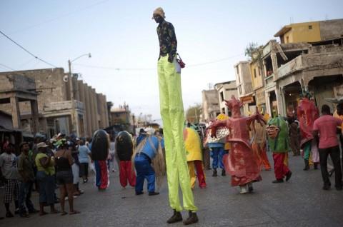 Belasan Orang Tewas Tersengat Listrik di Karnaval Nasional