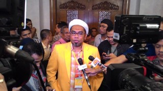Rapat Konsolidasi Golkar versi Aburizal Ricuh, Ali Ngabalin Diserang