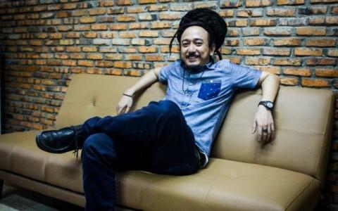 Ras Muhamad, Musisi Indonesia Pertama Manggung di Jamaika