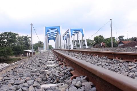 Besok Jalur <i>Double Track</i> Cirebon-Kroya Bisa Digunakan