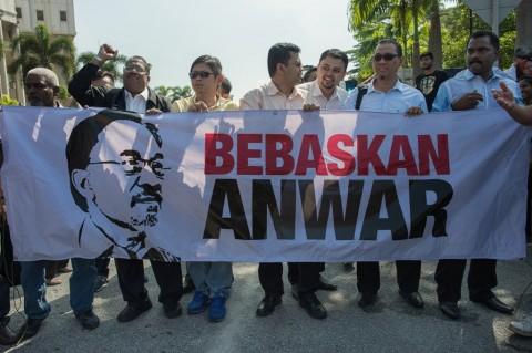 Malaysia Tolak Petisi Pengampunan Anwar Ibrahim