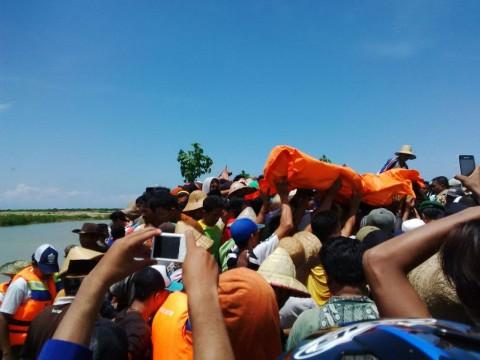 Jenazah Nelayan Tenggelam di Pamekasan Tersangkut Jaring