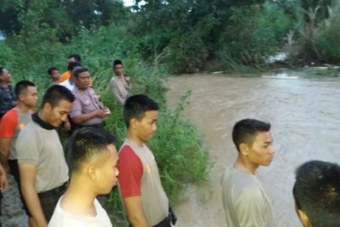 Main di Tepi Sungai, Bocah 6 Tahun Hilang Terbawa Arus