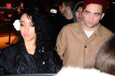 Robert Pattinson dan Tunangannya akan Menikah Tahun Ini?