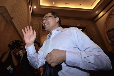 Anwar Ibrahim Diizinkan Hadiri Pemakaman Sang Ayah
