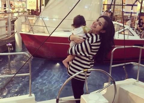 Jessica Iskandar Rela Kurangi Pekerjaan demi Bayi El