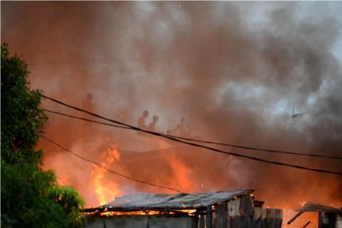 Hotel Sepinggan Di Jakarta Utara Terbakar