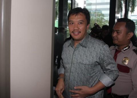 Menpora Akan Jelaskan kepada Klub Soal Alasan Membekukan PSSI