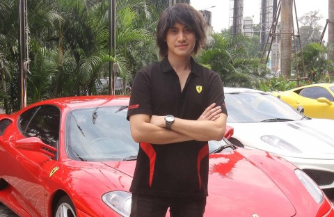 Kevin Aprilio Klarifikasi Insiden Ferrari <i>Nyangkut</i> di Gang Sempit