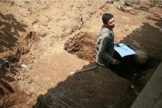 Arkeolog Eskavasi Situs Saluran Air Majapahit