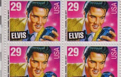 Elvis Presley Diabadikan dalam Perangko