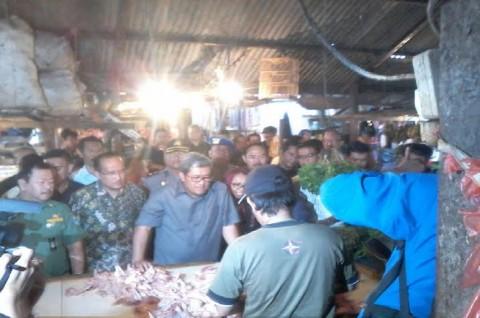 Pantau Harga Ayam, Aher: Alhamdulillah Masih Stabil