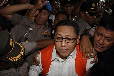 Pencabutan Hak Politik Anas, Peringatan untuk Para Politikus