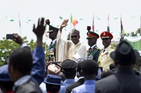 Presiden Nigeria Pecat Semua Kepala Militernya