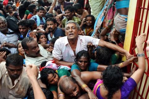 Sepuluh Peziarah Tewas Terinjak-injak di Kuil India