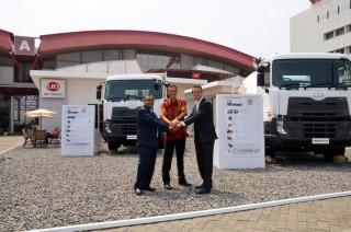UD Trucks Tawarkan Quester Baru untuk Infrastruktur di IME 2015