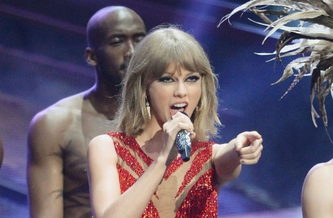 Taylor Swift Raup 8 Nominasi MTV Europe Music Awards 2015