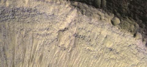 NASA Temukan Air, Apakah di Mars Ada Kehidupan?