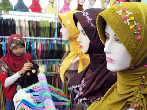 Siapkan Rp4,4 Miliar, 22 Toko Pakaian Muslim Sarinah Siap di 2016