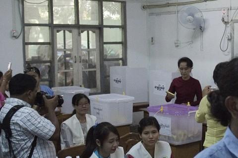 Myanmar Gelar Pemilu Pertama Sejak 25 Tahun